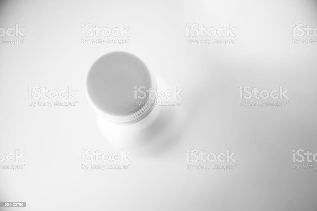 Garrafa de plástico brancas  - Foto de stock de Bebida royalty-free