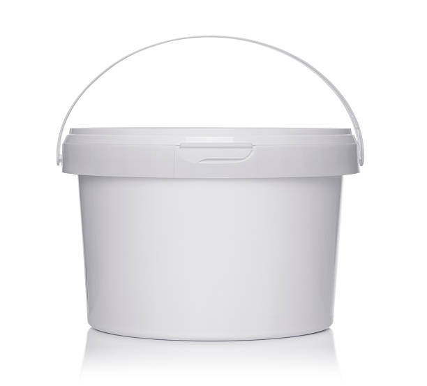 White plastic bucket with lid​​​ foto