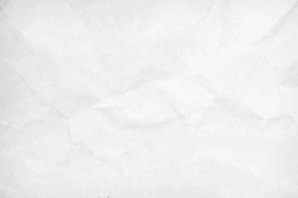 흰색 재활용 공예 종이 질감 배경으로. 회색 종이 질감, 오래 된 빈티지 페이지 또는 오래 된 신문의 그런 지 비네팅. 패턴 거친 예술 주름 그런 지 편지. 텍스트의 복사 공간이 있는 하드보드입� - 주름 뉴스 사진 이미지