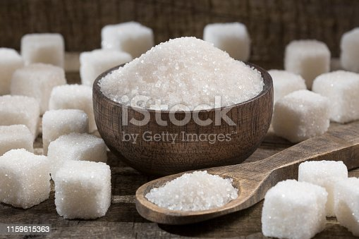 White refined sugar powder and cubes