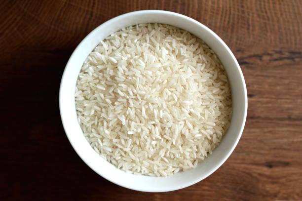ボウルに白米 - ご飯茶碗 ストックフォトと画像