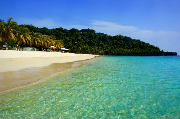 "White Sand Dream Beach Roatán Honduras ""West Bay Beach"" Roatan Island, Honduras, 2015, ""West Bay Beach"" roatan stock pictures, royalty-free photos & images"