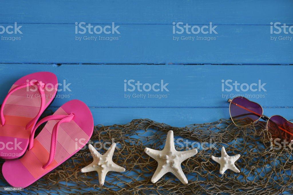 White Starfish and Pink Sandals zbiór zdjęć royalty-free