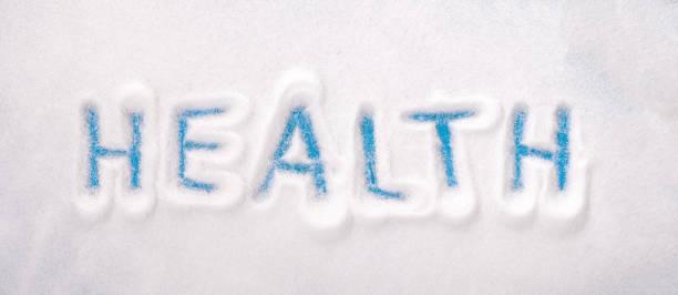 weißzucker hintergrund - zucker geschrieben - dextrose stock-fotos und bilder