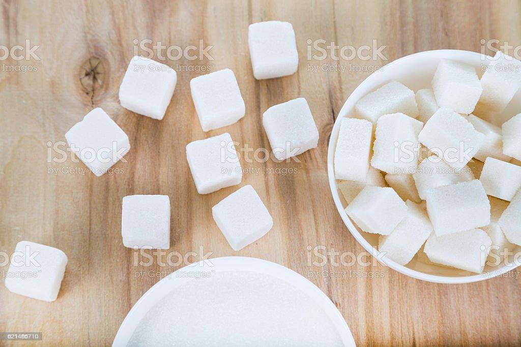 White sugar in a white bowls photo libre de droits