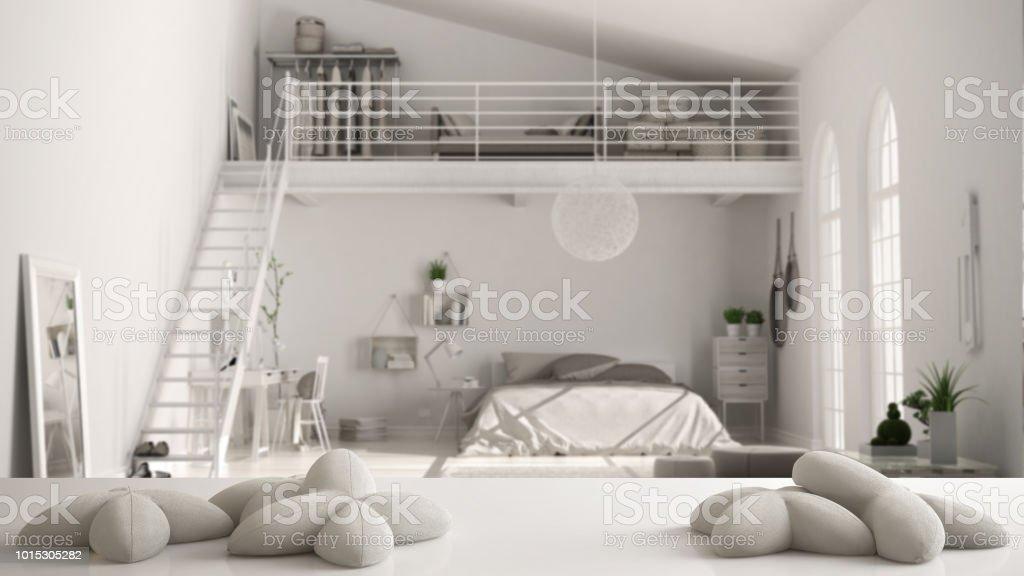 Weißen Tisch Schreibtisch Oder Im Regal Mit Fünf Weißen ...