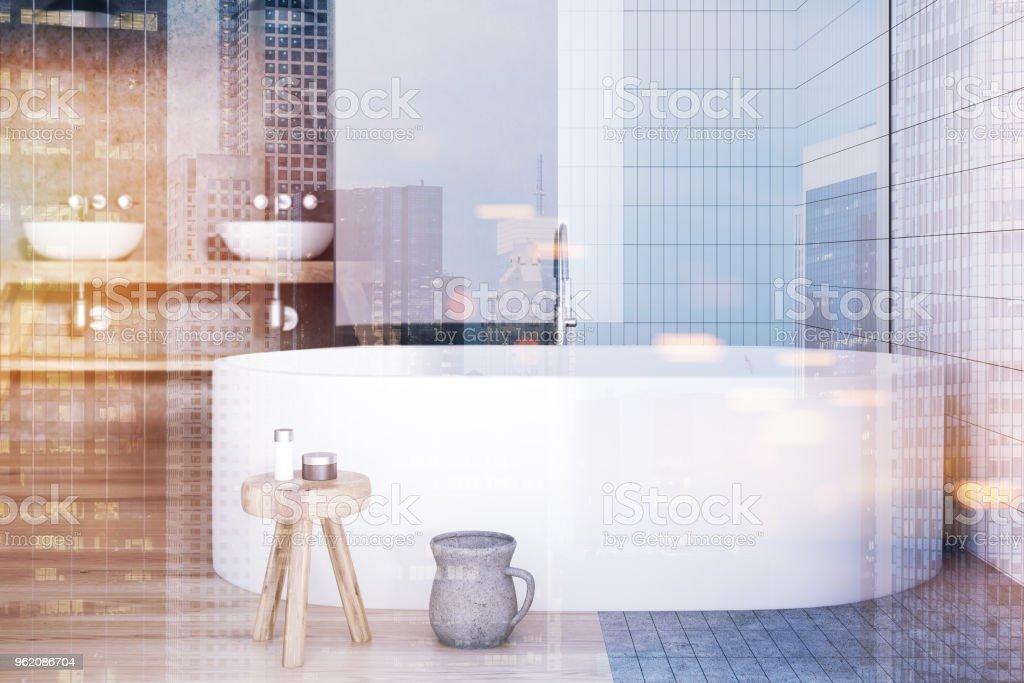 Getönten Weißen Fliesen Badezimmer Interieur Badewanne Und ...