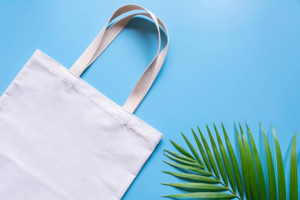 Weiße Tasche Canvas Stoff. Tuch shopping Sack Mockup mit Textfreiraum. – Foto