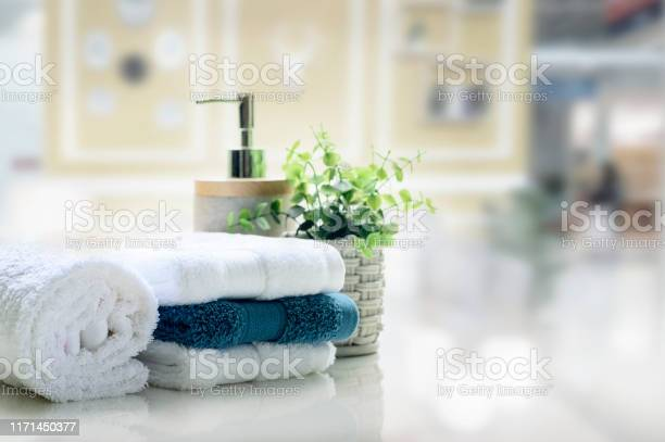 White towels on white top table with copy space picture id1171450377?b=1&k=6&m=1171450377&s=612x612&h=jsdaq55eut w7anszyp5gjkqys7fwqi pwwxycforto=