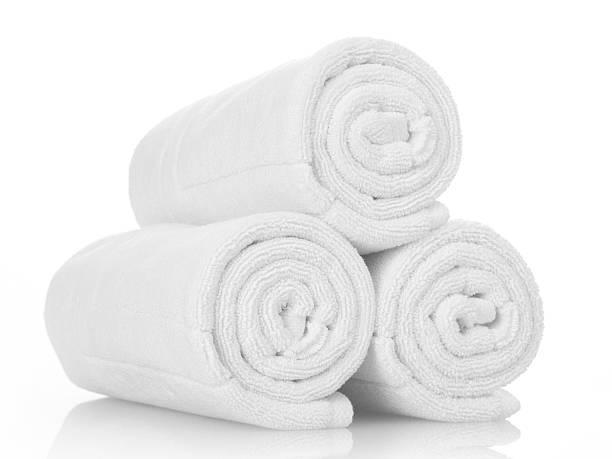 Weiße Handtücher  – Foto