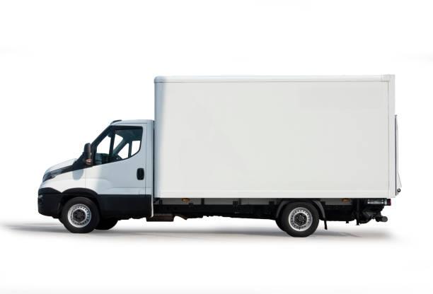 Camion blanc sur le fond blanc avec le chemin de découpage - Photo
