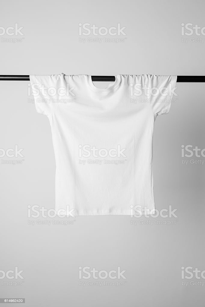 White T-Shirt Mock-up - foto de stock