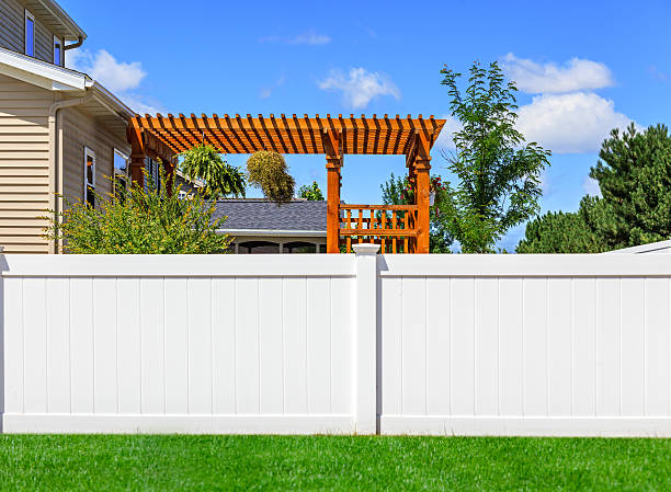white vinyl fence - fence stock photos and pictures