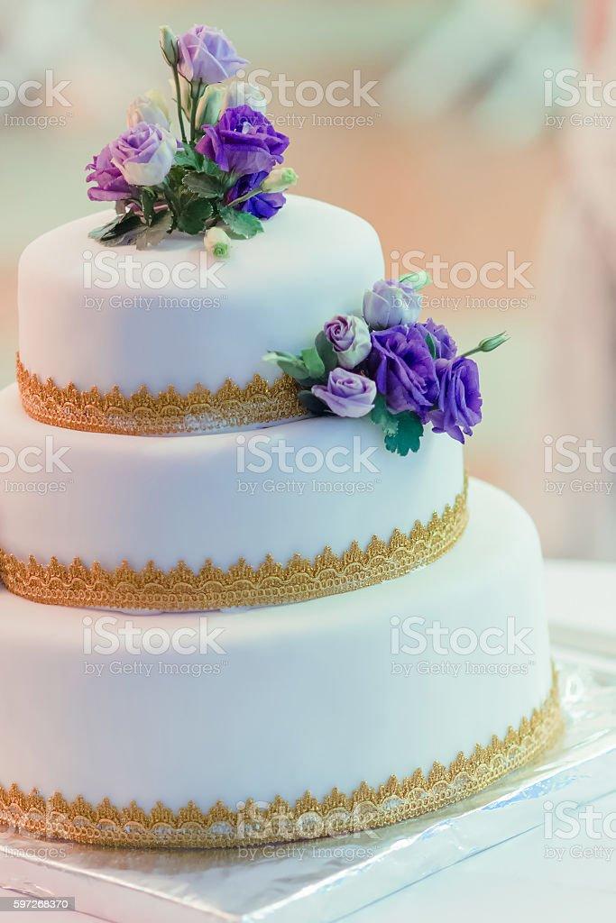 Weißen Hochzeitstorte  Lizenzfreies stock-foto