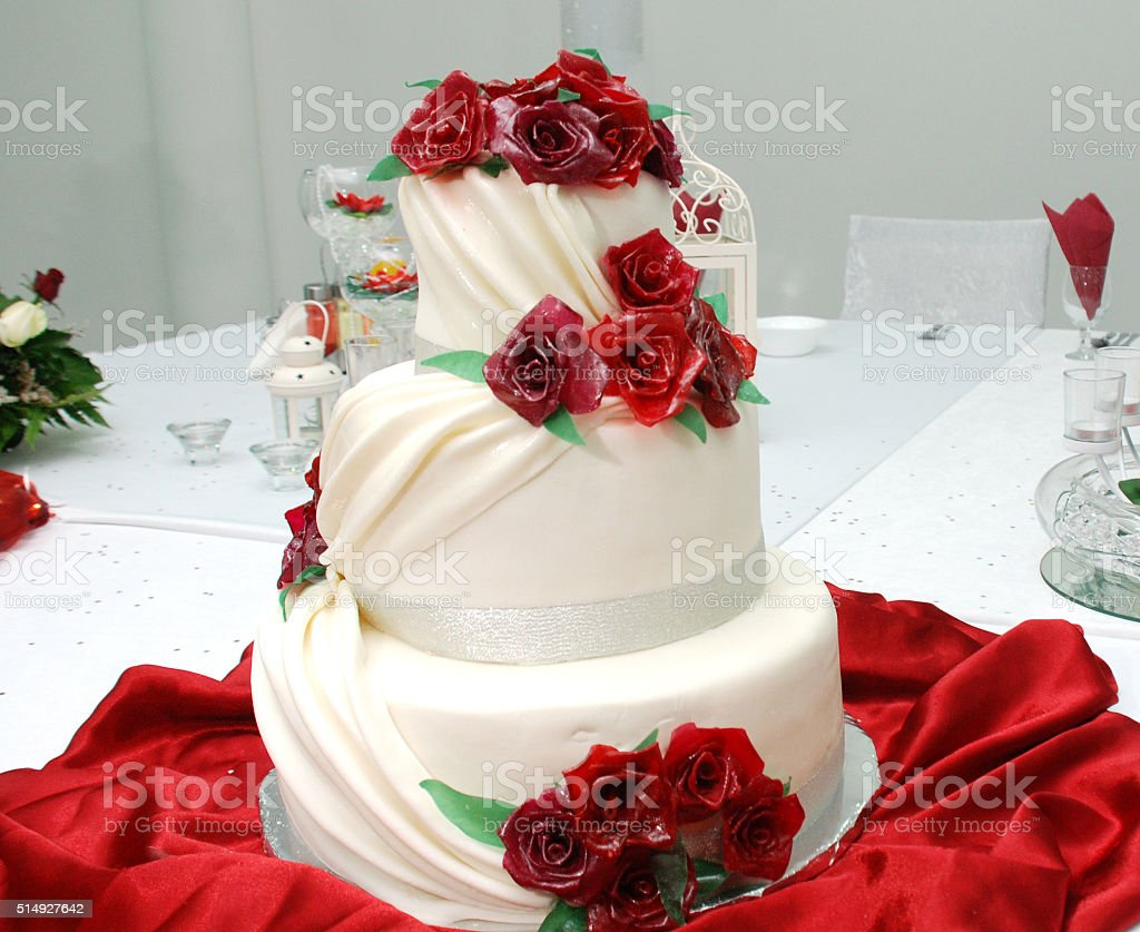 White Wedding Cake With Red Roses Stock Photo More Pictures Of