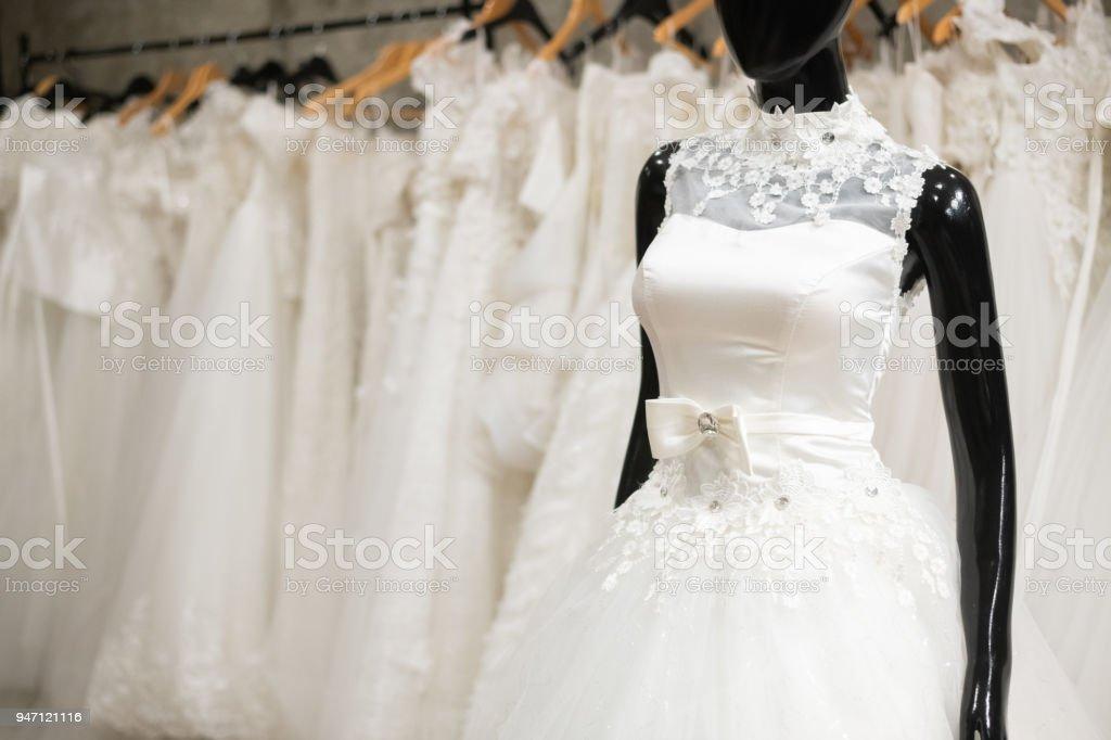 fotografía de vestidos de novia blanco se usan en desgaste de