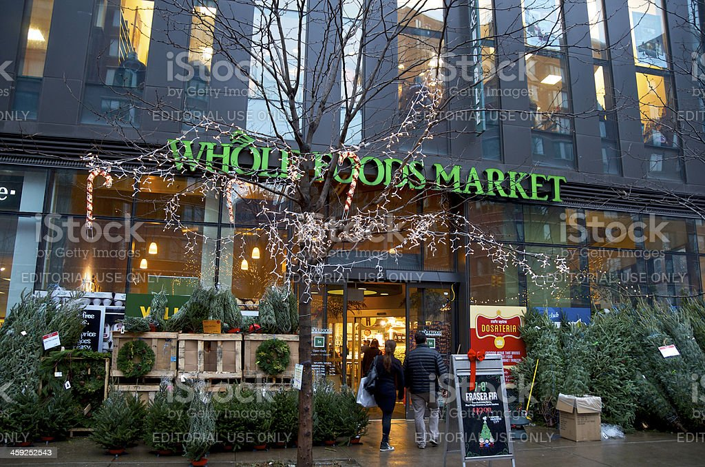 Whole Foods Markt Eingang Dekoriert Zu Weihnachten New York City ...