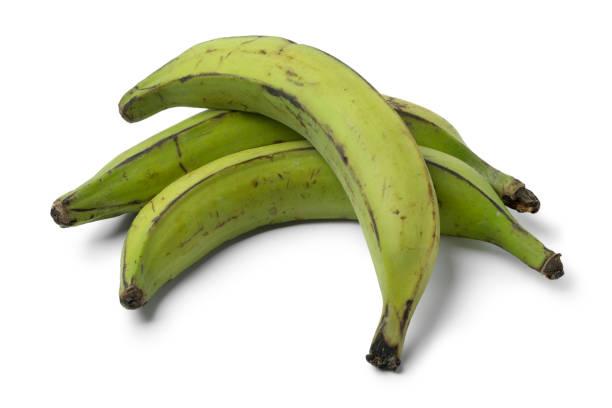 전체 녹색 익 지 않는 바나나 - 플렌틴 바나나 뉴스 사진 이미지