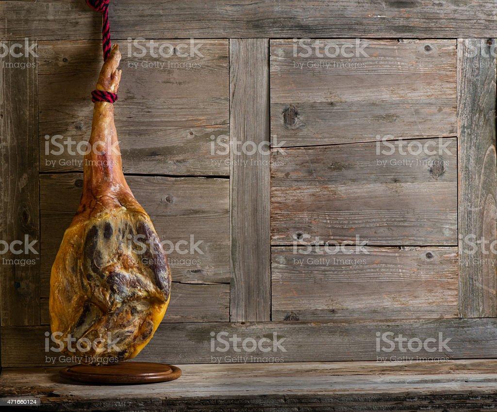 Gesamte jamon serrano – Foto