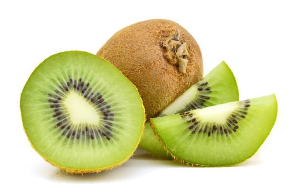whole kiwi fruit and his sliced segments isolated on white background cutout - kiwi imagens e fotografias de stock