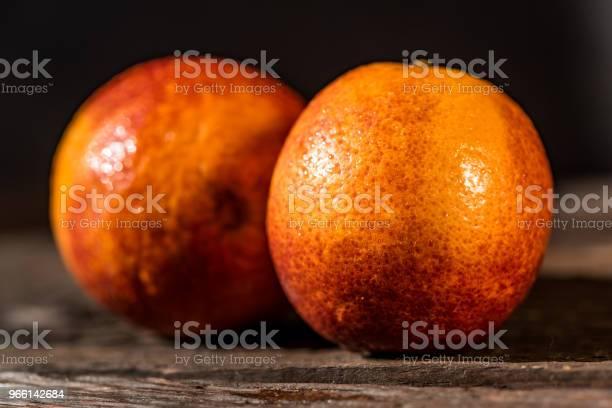 Hela Mogna Saftiga Sicilianska Blodapelsiner-foton och fler bilder på Alkohol