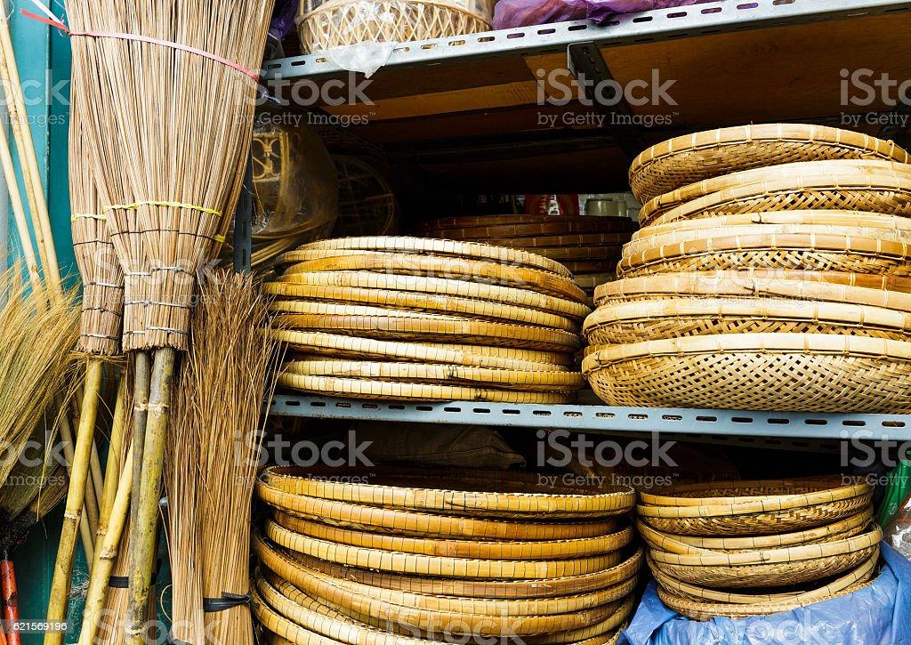 Wicker handmade wooden basket for sale Lizenzfreies stock-foto