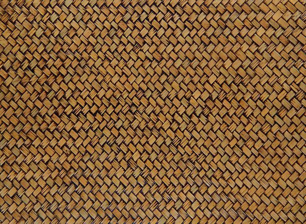 wicker basket struktur gewebtes - strohdach stock-fotos und bilder