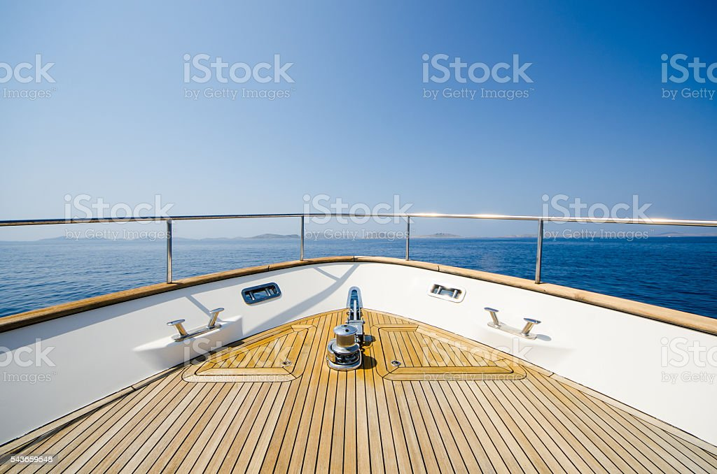 Wide angle shot of front of the yacht