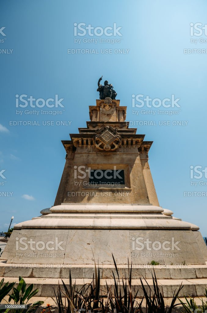 Wide angle view fo monument to the Aragonese Admiral Roger de Lluria in Tarragona stock photo