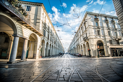 istock Wide Angle View of Main Street in Turin, Italy 910740026