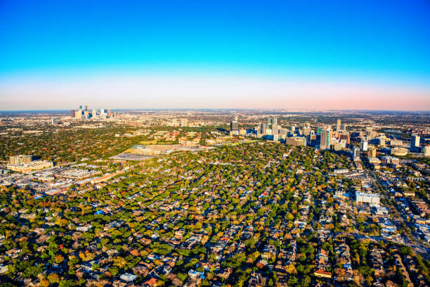 Wide Angle View of the Houston Metro Area Wide angle view of the metropolitan area of Houston, Texas including the downtown skyline, the Houston Medical Center and the surrounding suburban neighborhoods shot from an altitude of about 1500 feet. urban sprawl stock pictures, royalty-free photos & images