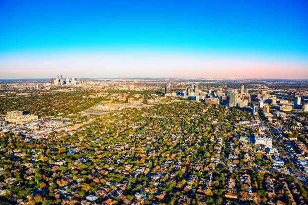wide angle view of the houston metro area - suburbs zdjęcia i obrazy z banku zdjęć