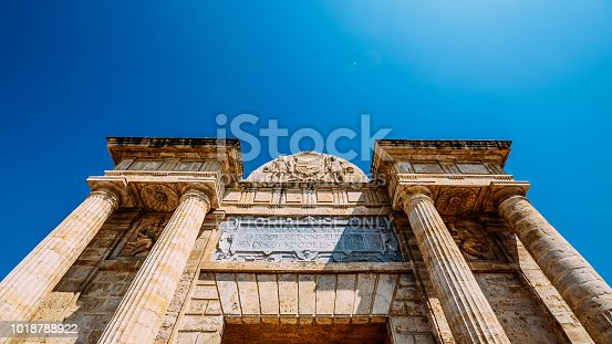istock Wide angle view of Triumphal arch of Cordoba, Andalucia, Spain 1018788922
