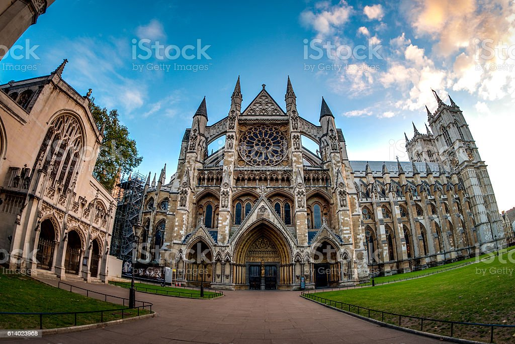 Wide angle view of Westminster Abbey at sunset – Foto