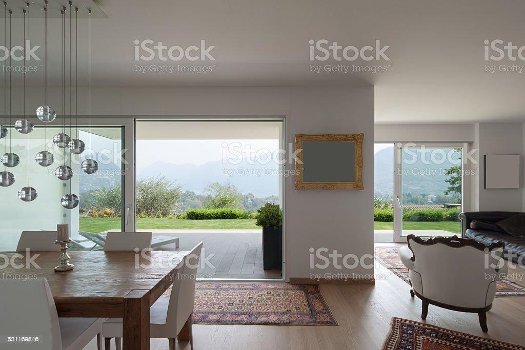 Große Wohnzimmer Des Wohnung Stockfoto und mehr Bilder von ...