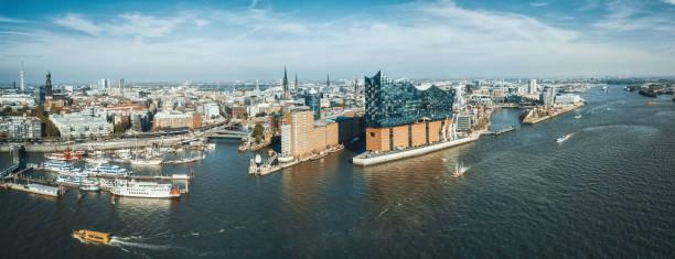 weiten Panoramablick auf Hamburg Hafen City – Foto
