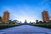 Shwe Maw Daw Pagoda (Shwemawdaw Pagoda), Myanmar or Burma.