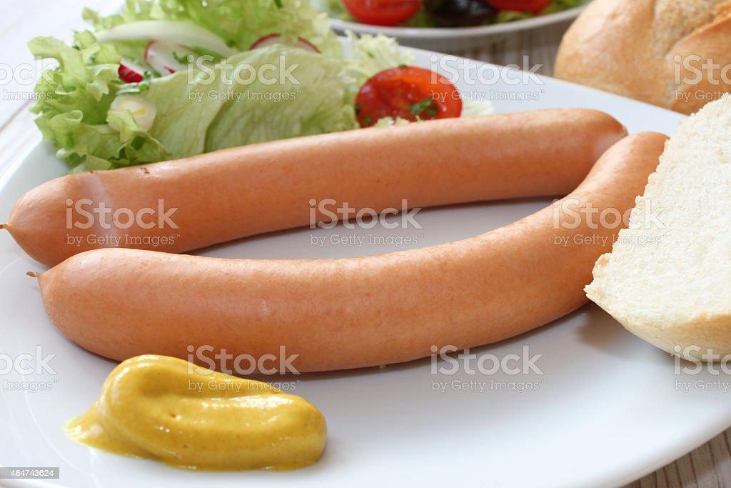 wiener Würstchen mit Kartoffelsalat – Foto