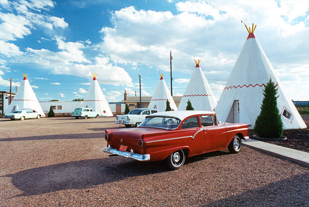 wigwam motel - route 66 stock-fotos und bilder