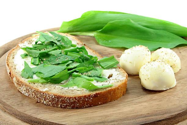 Wilder Knoblauch Brot – Foto