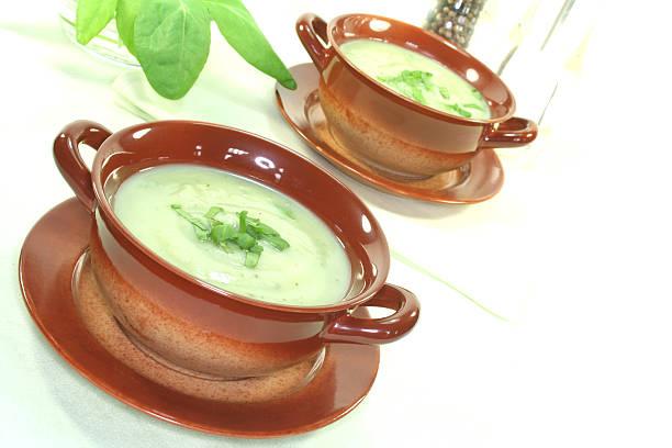 Wild herb Suppe – Foto