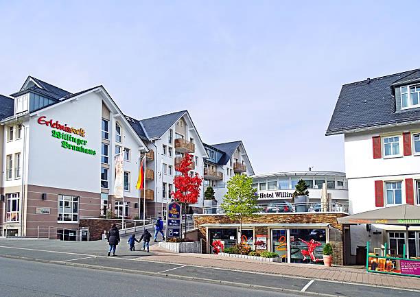 willingen in deutschland - hotels in willingen stock-fotos und bilder