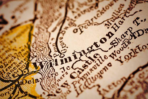 wilmington, delaware, auf einer alten karte - karten de stock-fotos und bilder