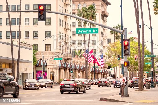 istock Wilshire Boulevard and Beverly Drive in Beverly Hills Los Angeles California 910138654
