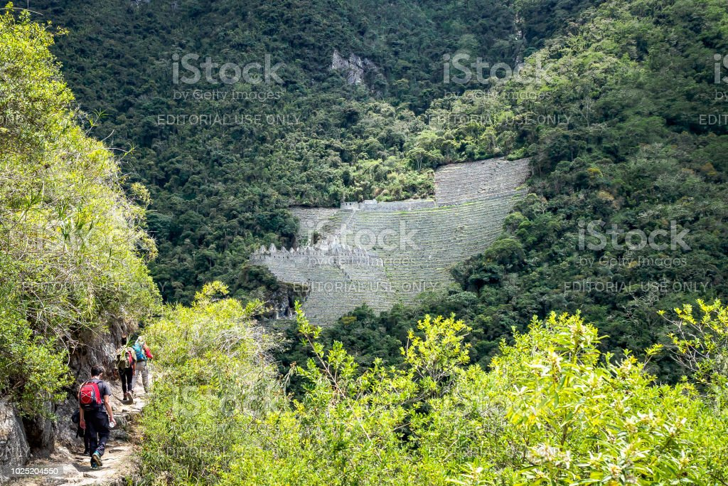Winay Wayna Ruinen befinden sich entlang des Inka-Trail nach Machu Picchu. (Peru) – Foto