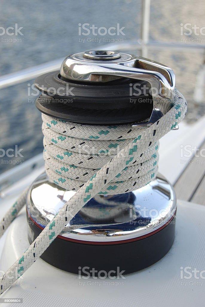 Cabestrante en embarcación foto de stock libre de derechos