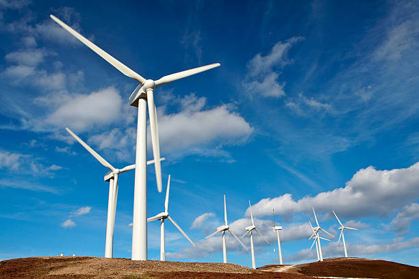 wind turbine farm - windmolen stockfoto's en -beelden