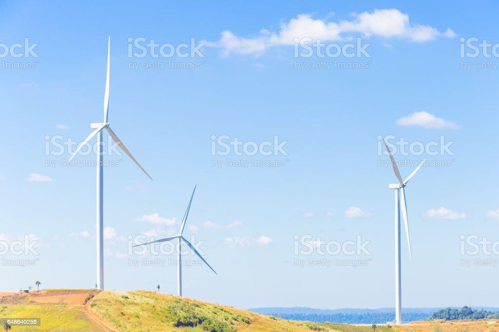 Windturbine zur Stromerzeugung – Foto