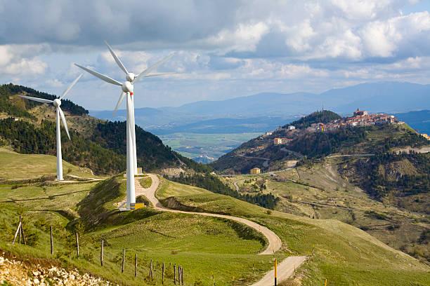 Windkraftanlage in Abruzzen – Foto