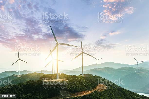 Wind turbine picture id518613574?b=1&k=6&m=518613574&s=612x612&h=ip4tz179amxxnelnqmoqls2jdgu8xg cg0gx9nyqh u=